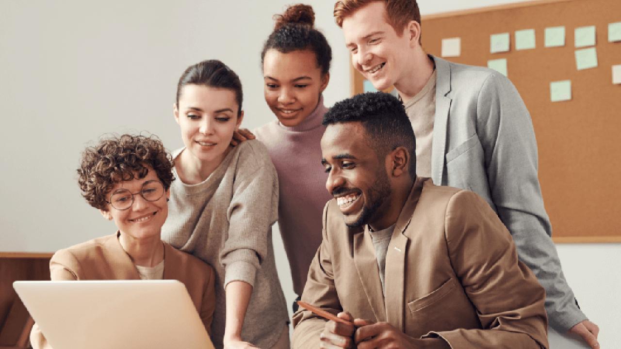 Types of Employee Referral Program